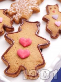 Медени сладки с канела и орехи - снимка на рецептата